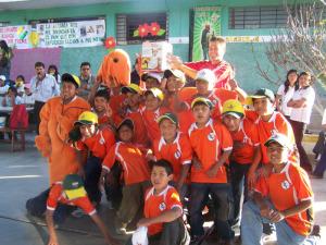ACTIVIDAD CON LOS NIÑOS DE UN ALBERGUE 2/2